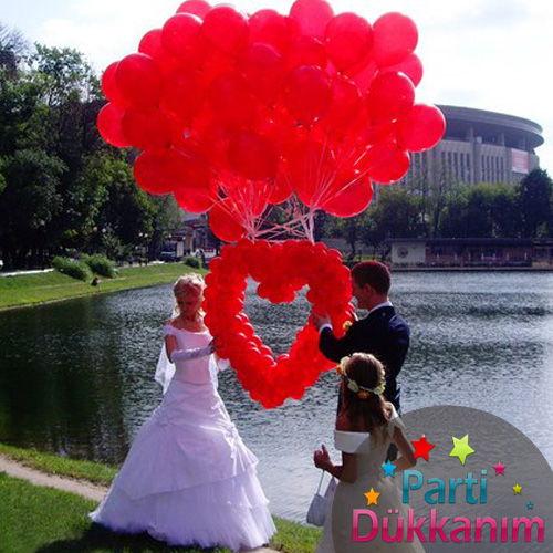 Kırmızı Uçan Balon ve Kalp Balon MAĞAZADAN