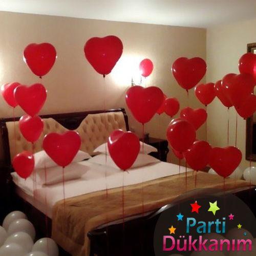 Kırmızı Kalpli Uçan Balon Demeti 25 Adet Mağazadan