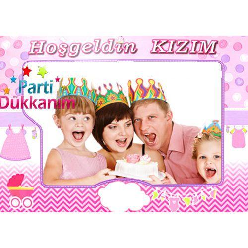 Hoşgeldin Kızım Hatıra Fotoğraf Çekme Çerçevesi (70x100 cm)