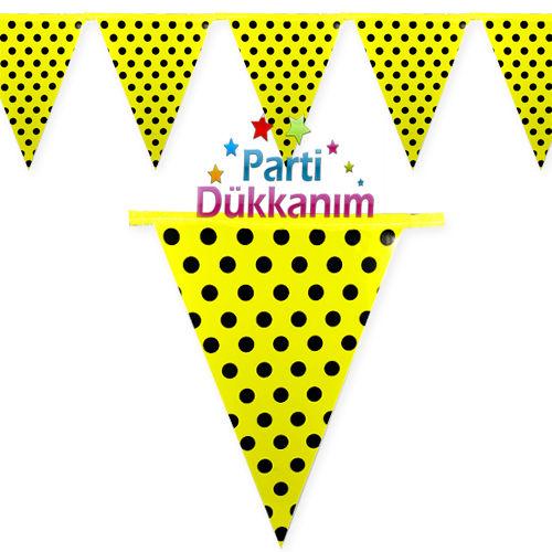 Sarı üzeri siyah puantiyeli flama bayrak