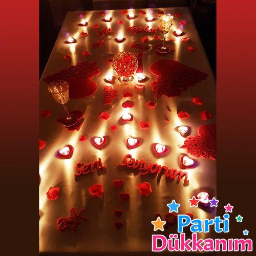 Sevgiliye sürpriz romantik masa hazırlama