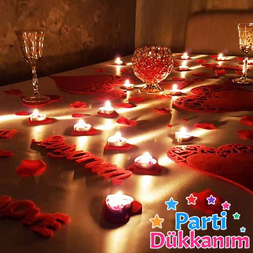 Sevgiliye sürpriz masa süsleme seti keçeden