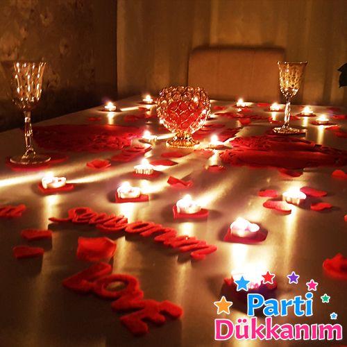 Sevgiliye Özel Kalpli Masa Süsleme Seti Keçeden
