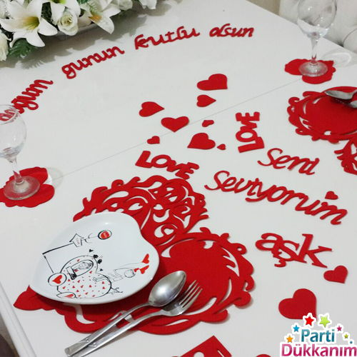 sevgililer günü masa süslemeleri