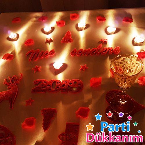 Sevgiliye Sürpriz Yılbaşı Masa Süsleme Seti Keçeden