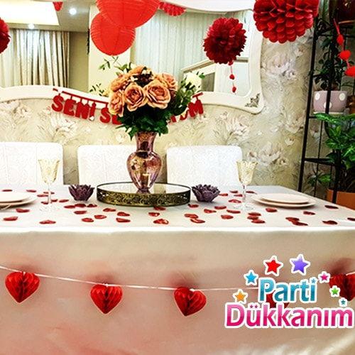 sevgiliye romantik masa süsleme