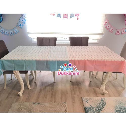 Cinsiyet belirmele partisi için masa örtüsü