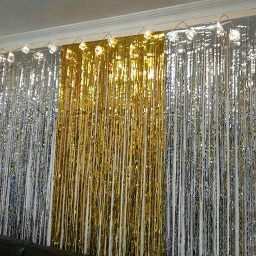 Gold gümüş ışıltılı püsküllü perde arka fon