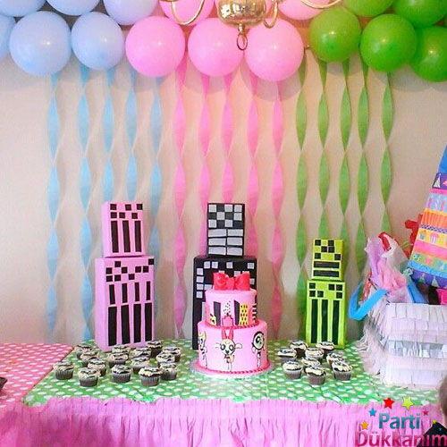 Krapon kağıdı ile doğum günü süsleme dekoru