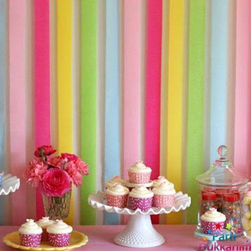 Masa arkası dekor doğum günü süslemeleri fikirleri